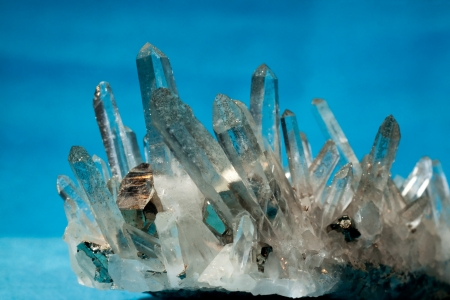 felsic: Big quartz crystals, rock crystal, with iron pyrite, fools gold, crystals grown on  Stock Photo