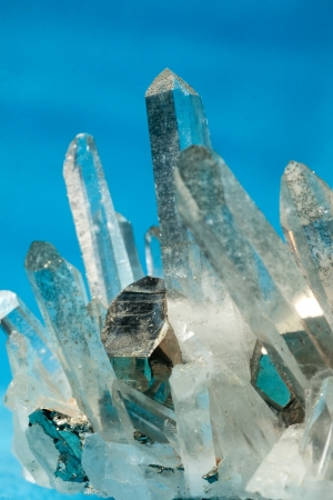 crystalline: Big quartz crystals, rock crystal, with iron pyrite, fools gold, crystals grown on  Stock Photo