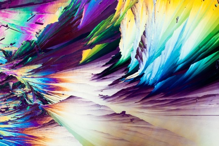 polarization: Colorful apearence of crystals of benzoic acid, a food preserving additive, in polarized light