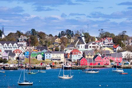 UNESCO World Heritage Site van het historische centrum van Lunenburg, Nova Scotia, NS, Canada in de Atlantische Oceaan Redactioneel
