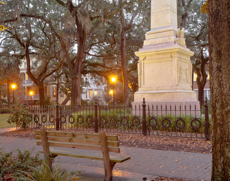 downtown district: Pulaski Monument on Monterey Square in Historic District of downtown city of Savannah, Georgia, GA, USA Stock Photo