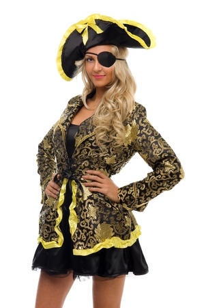 sombrero pirata: Mujer hermosa en un traje de carnaval. Pirata forma. Alejado de la imagen Foto de archivo