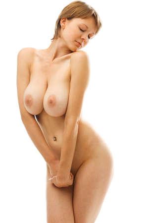 desnuda: Hermosa mujer desnuda con el pecho grande. Imagen aislada.