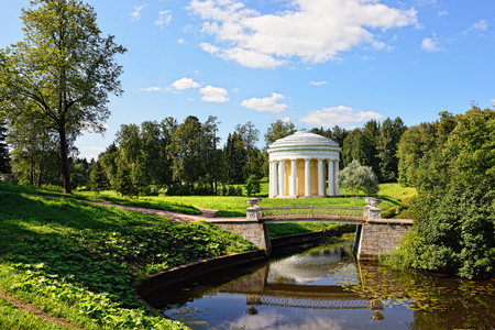 summer palace: Summer landscape of the Pavlovsk garden, Russia. View from the pool to the temple of Friendship pavilion.