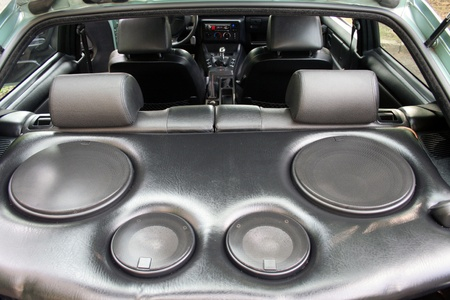 speakers in the car photo