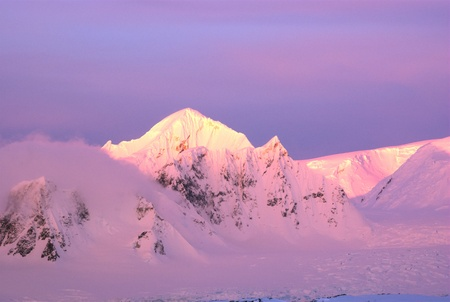Beautiful snow-capped mountains at sunset in Antarctica Stock Photo - 10276479