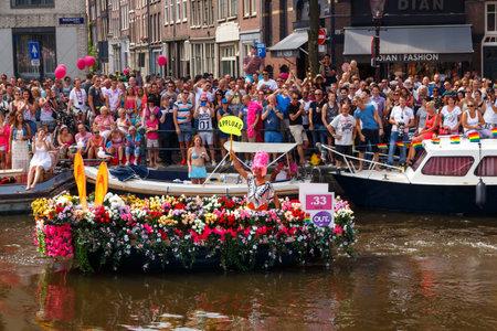 annual event: Amsterdam, Pa�ses Bajos - 02 de agosto 2014: evento anual para la protecci�n de los derechos humanos y la igualdad civil