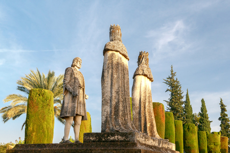 queen isabella: Sculpture of Queen Isabella of Castile in the alley of the Christian kings. Alcazar. Cordova. Andalusia. Stock Photo