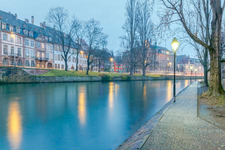 thomas stone: Strasbourg. Quay St. Thomas. Stock Photo