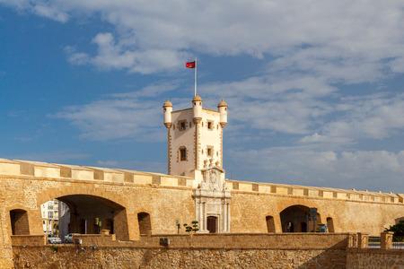 Cadiz. Puerta de Tierra.