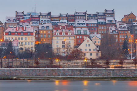 Warsaw. View of the old city at sunset. Imagens