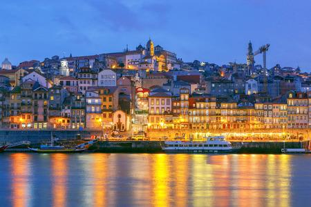 Porto. Quay at night. 스톡 콘텐츠