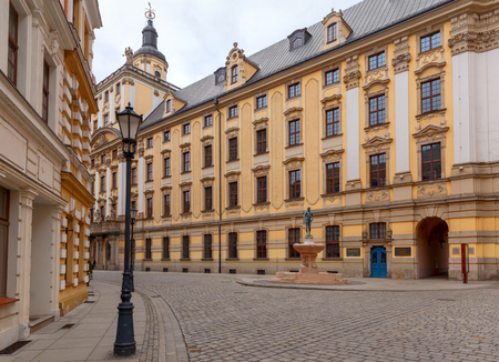 Wroclaw. Old Town Street. Imagens