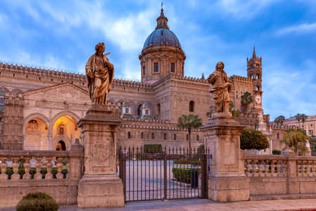 Cathedral of Palermo at sunset in the night lighting. Sicily. Italy. Stok Fotoğraf