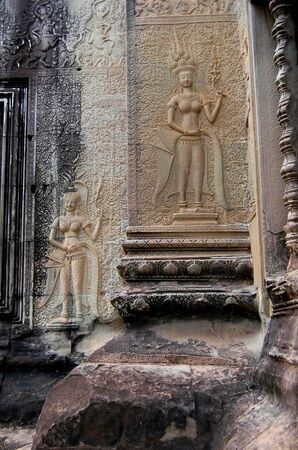 bas relief: The bas relief of Apsaras on an Angkor Wat wall