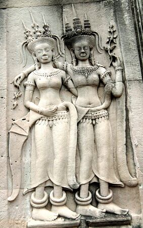 bas relief: The bas relief Apsaras on an Angkor Wat wall