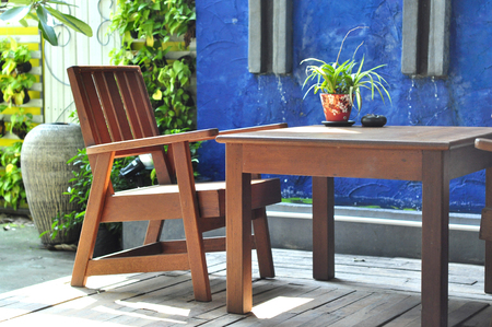 outdoor restaurant: Outdoor restaurant with tables and chairs