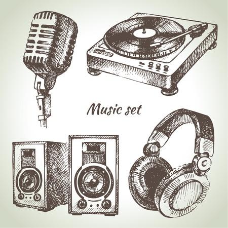 microfono antiguo: Equipo de música. Ilustraciones drenadas mano de los iconos Dj