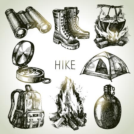Caminata y camping mano del turismo Conjunto drenado. Elementos de diseño de croquis