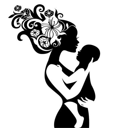 彼女は赤ん坊を持つ美しい母親のシルエット