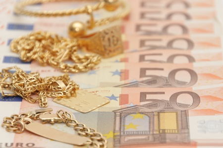 Buying and selling gold Stock Photo - 10375334