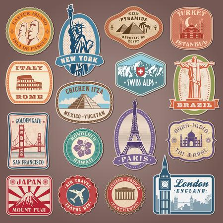 viagem: Coleção de etiquetas do vetor com famosos monumentos e lugares Ilustração