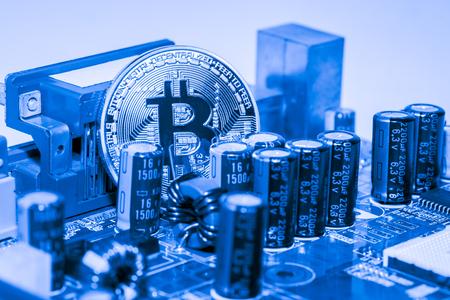 Abstract, Gouden Bitcoin geld op computer. Stockfoto