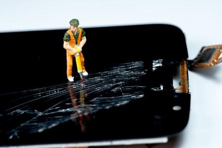 The Smartphone screen broken and need to repair smartphone
