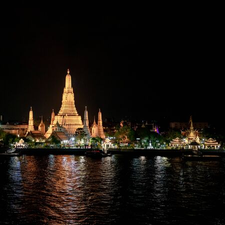 The most beautiful Viewpoint Wat Arun,Buddhist temple in Bangkok, Thailand 免版税图像 - 133596948
