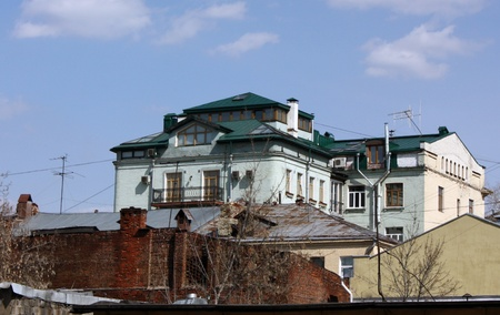 Old house in downtown Moscow in the spring Stock Photo - 9561069
