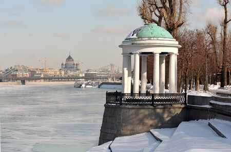 Arbor on the embankment of the Moscow River in winter
