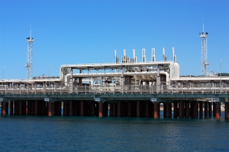 Facility for the oil and chemical  products of marine cargo port terminal
