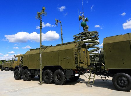 Military vehicle antennas for  field communication Editorial