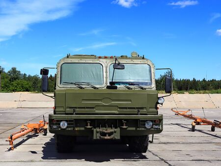 towing: Airfield wheeled drawing vehicle for towing aircraft and other aviation equipment