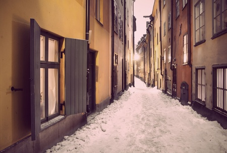 narrow street: Narrow street in the old town of Stockholm