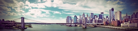 nyc: Panoramic view of Brooklyn Bridge in New York, vintate style