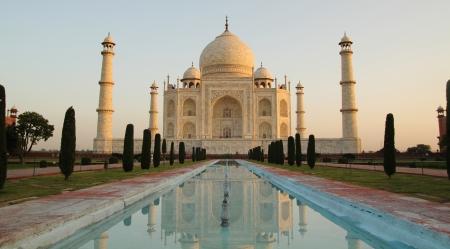 Faboulus Taj Mahal  in Agra, India early in the morning