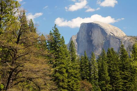 el capitan: El Capitan in a blue sky at Yosemite national park in California Stock Photo