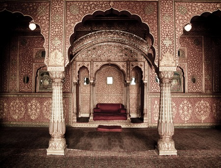Beautiful ornemanted indian room at Bikaner, Rajasthan, India
