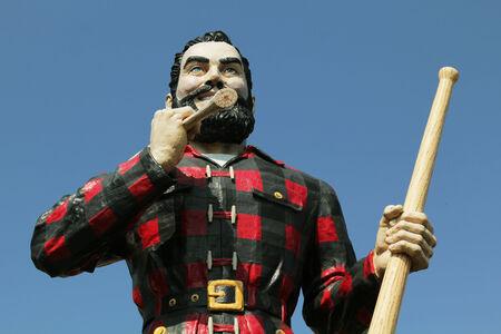 icone: BANGOR, MAINE , USA - AUGUST 27: Statue of Paul Bunyan the giant lumberjack on august 27 in Bangor, USA
