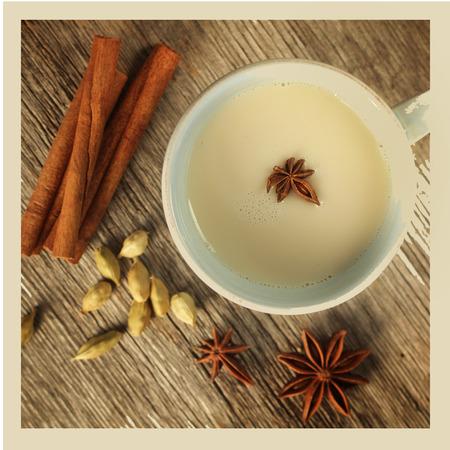 シナモン、アニス、カルダモン シェの茶。 写真素材