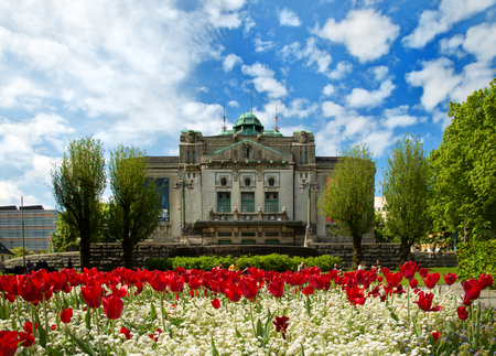 BERGEN-NORWAY, MAY 26, 2017: Den National Scene at the largest theater in Bergen, Norway. The National Theater is also one of the oldest permanent theaters in Norway. 版權商用圖片