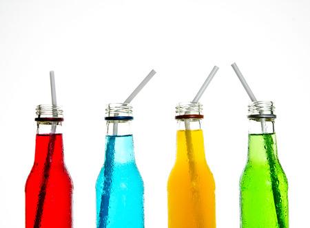 bebidas alcohÓlicas: cerrar la bebida colorido fresco