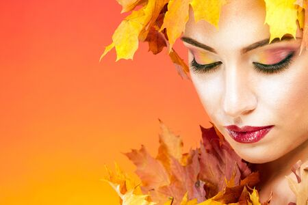drowsiness: The woman in the image of the autumn