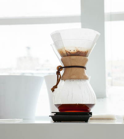 Making coffee in kemex.
