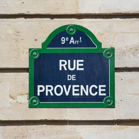 Straat plaat van Rue de Provence in Parijs, Frankrijk