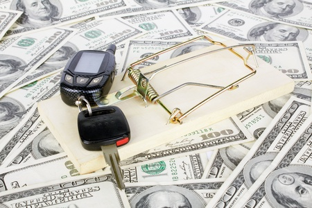 Car keys and money with mousetrap Stock Photo - 10805001
