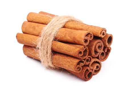 cannelle: Cinnamon sticks isolated on white background  Stock Photo