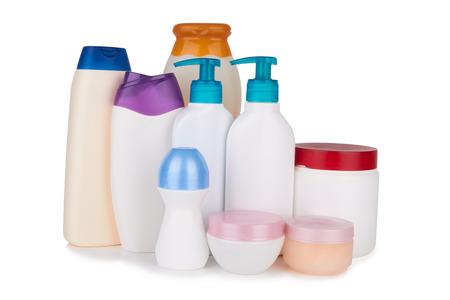 verschillende cosmetische producten voor persoonlijke verzorging op een witte achtergrond