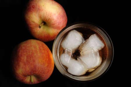 apple with a glass of juice Reklamní fotografie